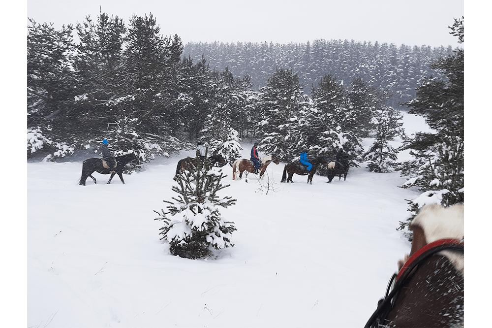 holidays_riding3-min